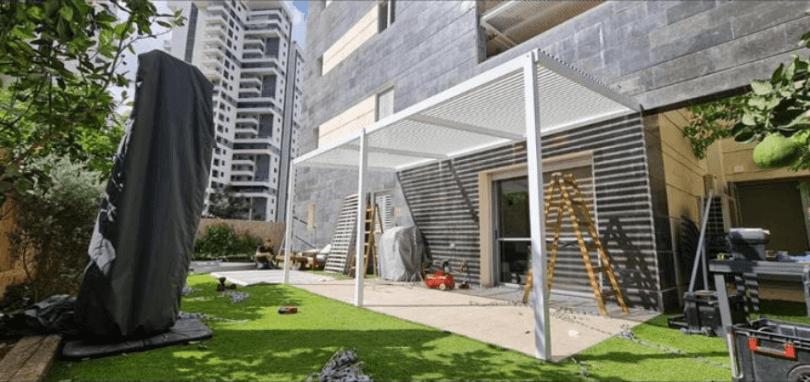 מהו פתרון ההצללה הטוב ביותר למרפסת?